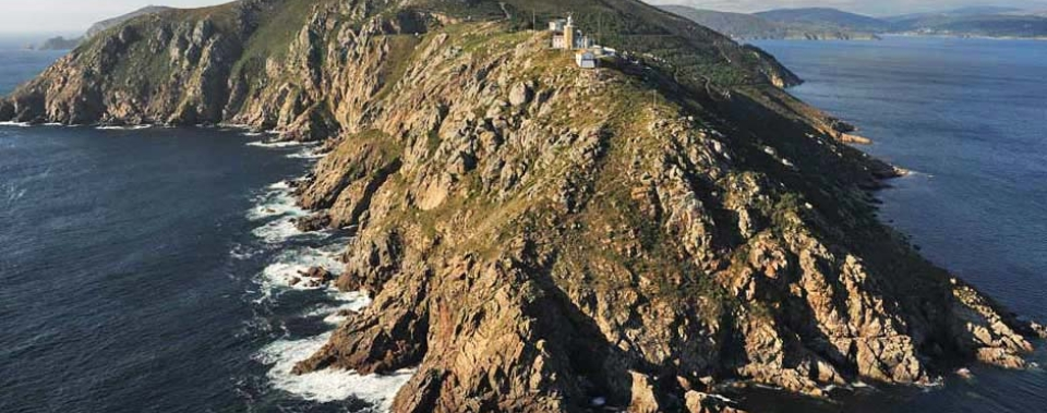 Cape Finisterre, Lord of Storms. Cliffs of vertigo, ocean sensations!