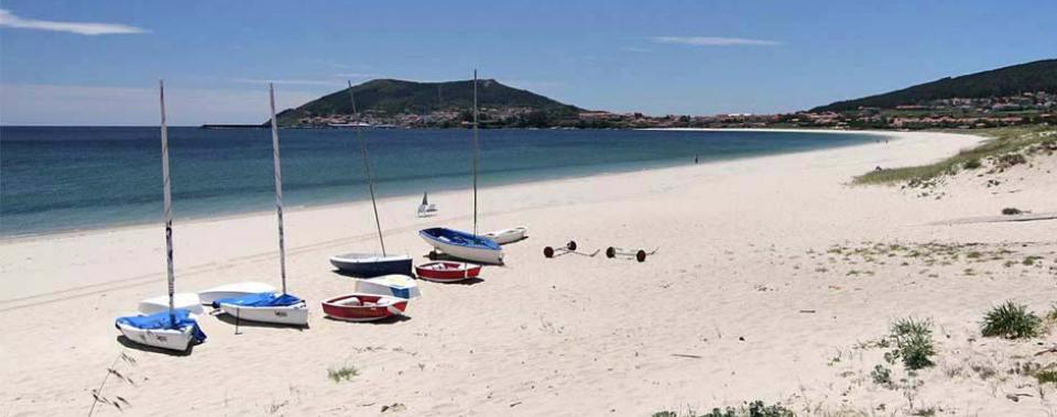 Playa de Langosteira a 1.500 metros de Dugium.